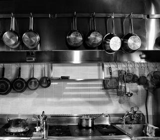 欧風レストラン。カジュアルな料理から本格的なフランス料理のフルコースです。